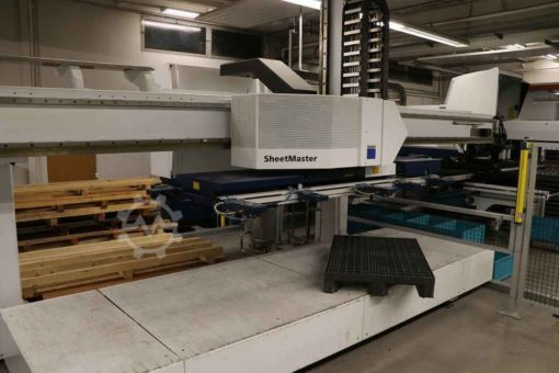 CNC-Stanz-Lasermaschine Trumpf Trumatic 3000 fiber | Bild 2