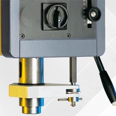 Bohrtiefen Feineinstellung  als Option für Alzmetall AX 2-T/S Tischbohrmaschinen