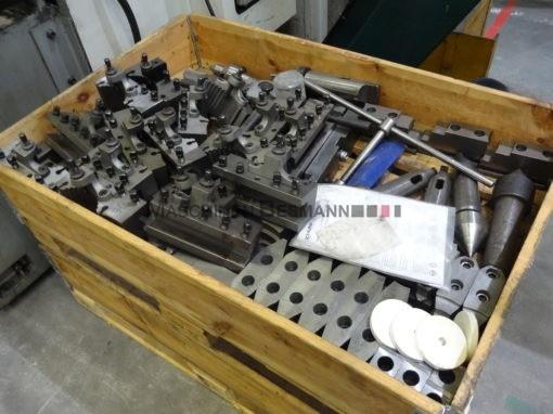 Universaldrehmaschine Moforts KNC-6 2000
