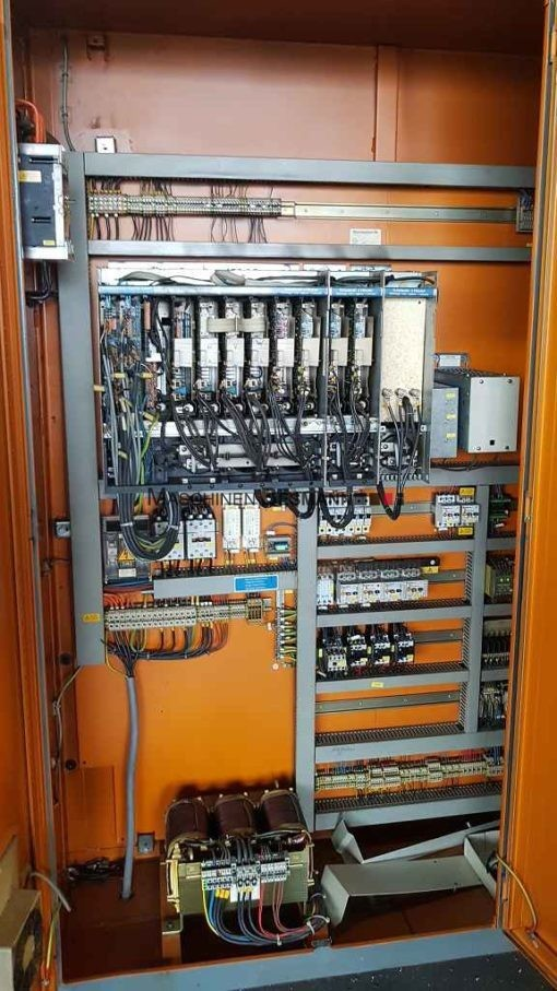 CNC Vertikalfräsmaschine Chiron FZ 12 L+ 4.Achse